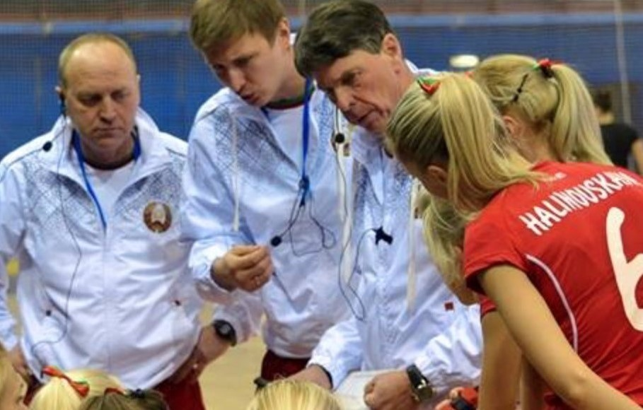 wireless-communication-system-coach-coaching-sports-axiwi