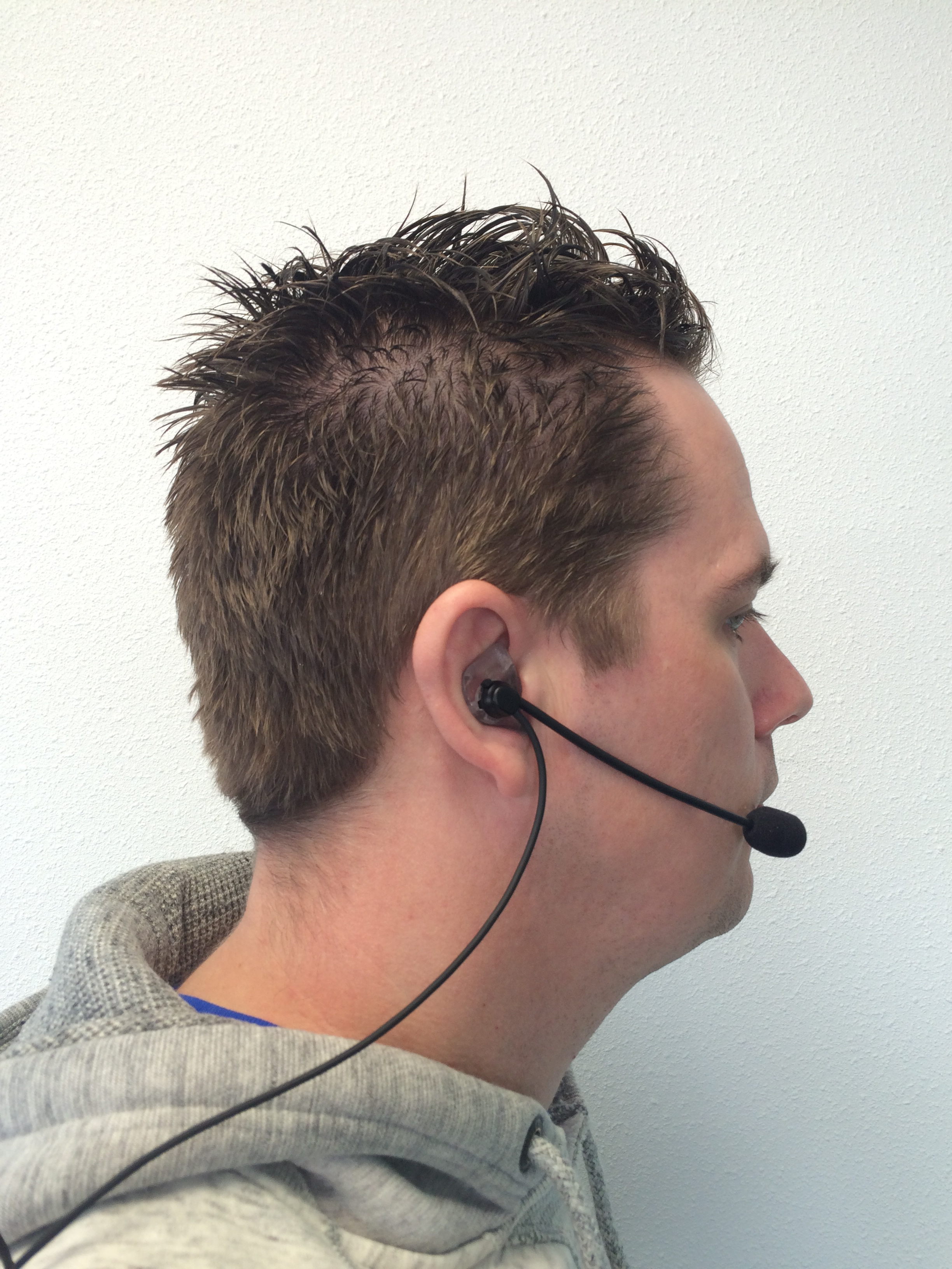 /axiwi-custom-made-headset-inear2